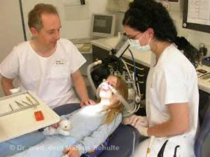 Kinderbehandlung mit Lachgas